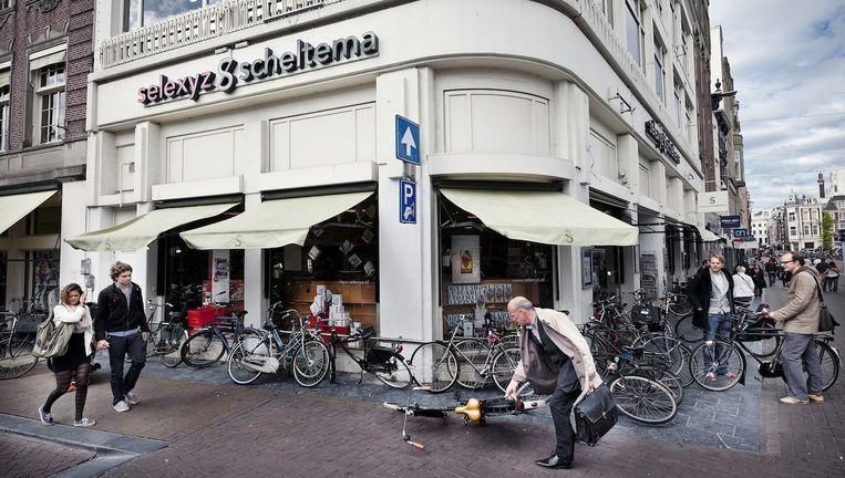 Boekhandel Scheltema verhuist van het Koningsplein weer terug naar het Rokin. Beeld Het Parool/Marc Driessen