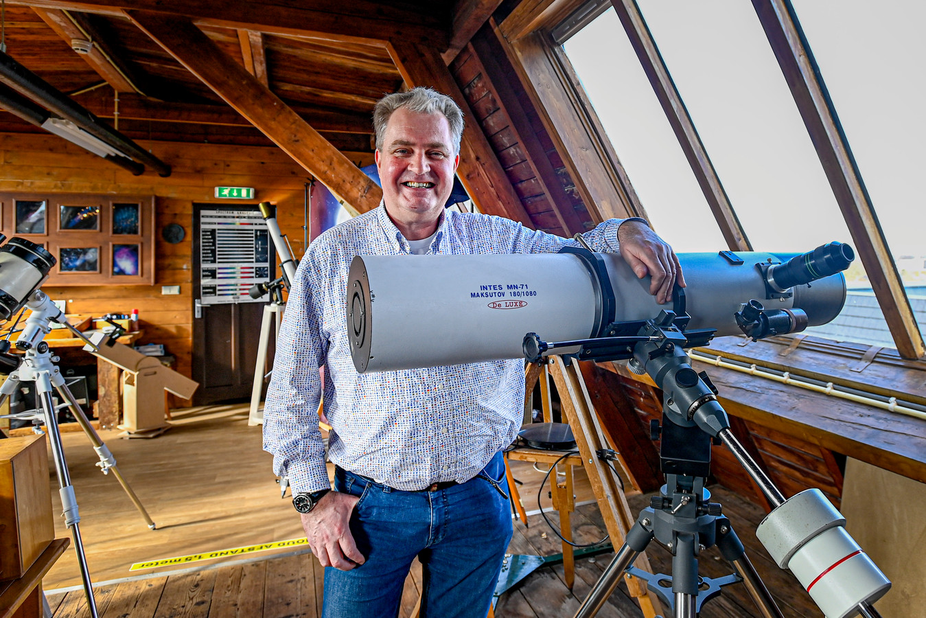 Herman Vissia, de man van Sterrenwacht Tivoli, is blij dat de interesse in het heelal toeneemt