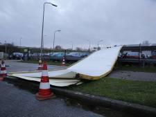Storm over West-Brabant: vertraging op het spoor, bomen omgevallen, automobilist gewond