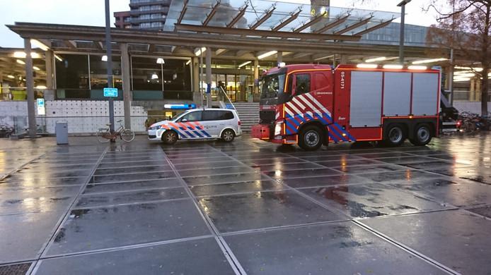 Politie en brandweer op station Enschede
