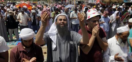 La police tire des lacrymogènes sur des manifestants pro-Morsi
