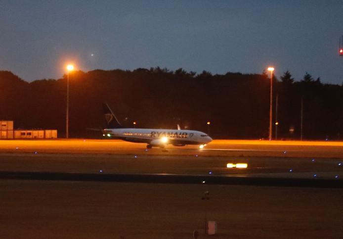 Andere vliegtuigen van Ryanair kunnen nog niet vertrekken door de bommelding.