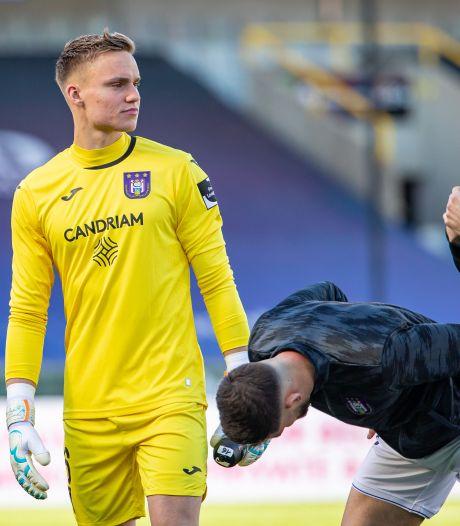 Lang en Dost passeren Bredase debutant Verbruggen, maar Club Brugge wint niet van Anderlecht