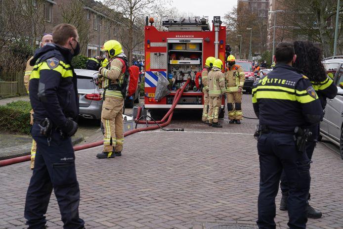 Brand in kelderbox zet Vlaardingse flat vol rook; alle bewoners werden geëvacueerd.