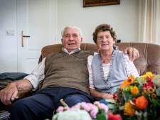 Diamanten echtpaar Henk en Grietje uit Hezingen had nooit ruzie (en heeft pas tien jaar een zwemdiploma)