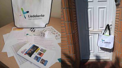 Kinderen in kwetsbare situatie en anderstaligen ontvangen leuke pakketten aan huis