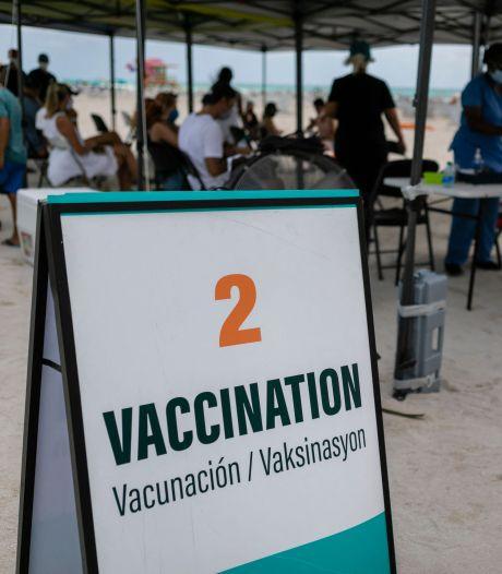 Vakantie zet druk op prikbeleid: 'Dom om daar geen rekening mee te houden'