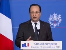 """Hollande demande que """"cesse immédiatement"""" l'espionnage de l'UE"""