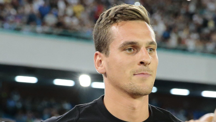 Arek Milik in het shirt van Napoli.