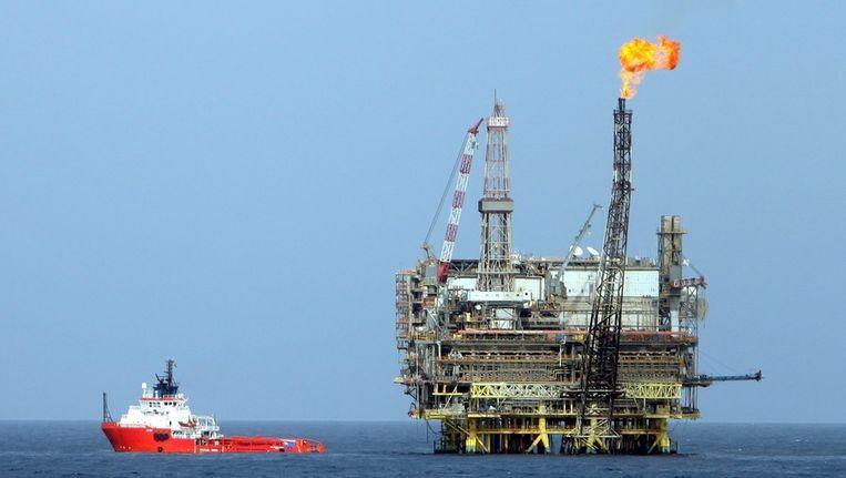 Een olieplatform van Mellitah Oil Services in Libië, ongeveer 130 km ten noordwesten van de hoofdstad Tripoli. Beeld EPA