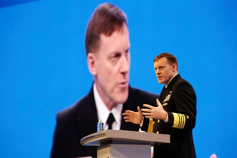 """"""" Adm. Michael Rogers, the head of the National Security Agency, speaks at a cybersecurity conference in San Francisco, March 1, 2016. For Russia, cyber-warfare proved the perfect weapon: cheap, hard to see coming, hard to trace. """"This was a conscious effort by a nation-state to attempt to achieve a specific effect,"""" Rogers said at a post-election conference. Beeld Jim Wilson/The New York Times"""