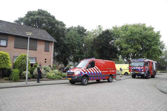 Hulpdiensten bij het huis in Heijen.