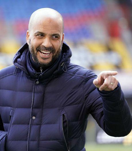 AZ houdt vertrouwen in hoofdtrainer Pascal Jansen