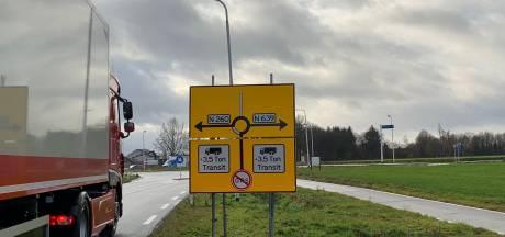 Adviesborden voor vrachtverkeer in Baarle-Nassau