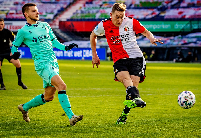 Jens Toornstra zette Feyenoord op slag van rust tegen de verhouding in op voorsprong.