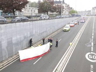 Man levensgevaarlijk gewond na val in tunnel op Parklaan
