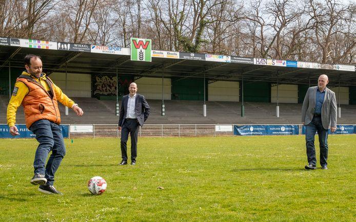 Dinsdag ondertekenden Stichting Stadion De Wageningen Berg en Fletcher Hotels een nieuw contract om het stadion als trainingslocatie te gaan gebruiken voor voetbalteams die in het Wageningse Fletcher Hotel verblijven.