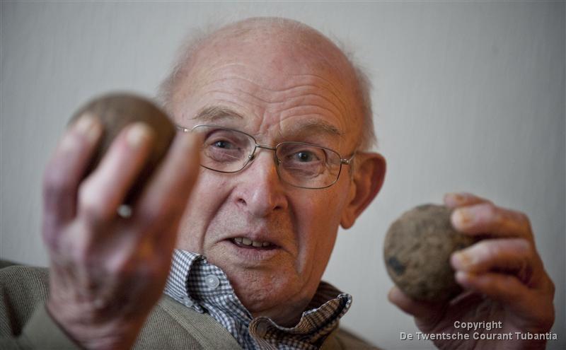 Op sportief gebied was klootschieten altijd zijn grote passie. Buiten de baan was Herman in 't Veld altijd verknocht aan zijn Lemselo.
