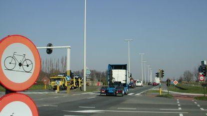 Straks inhaalverbod voor vrachtwagens op N49