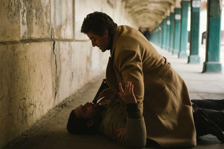 Oscar Isaac in 'A Most Violent Year'. Hij speelt een zakenman die gestraft wordt om zijn hoogmoed - een universeel thema. Beeld rv