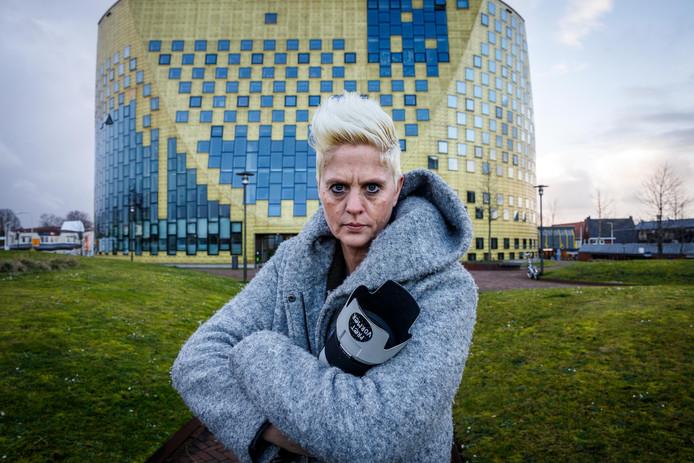 Fotograaf Kim Stellingwerf werd woensdag weggestuurd bij een bruiloft in het gemeentehuis van Hardenberg.