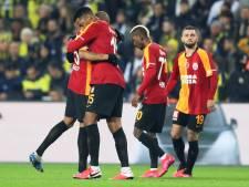 Donk scoort voor Galatasaray in gewonnen derby bij Fenerbahçe