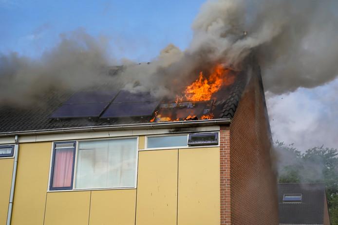 De woningbrand aan Floreffestraat in Werkendam.