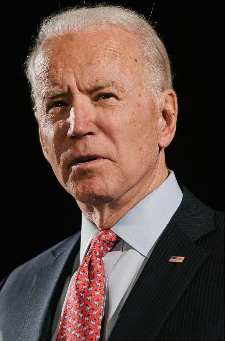 Biden raakte niet in paniek en bood me geen zwijggeld aan. Blijkbaar wist hij dat ik vanzelf mijn mond zou houden. Daarom weet ik vrij zeker dat ik niet zijn eerste slachtoffer was. Beeld
