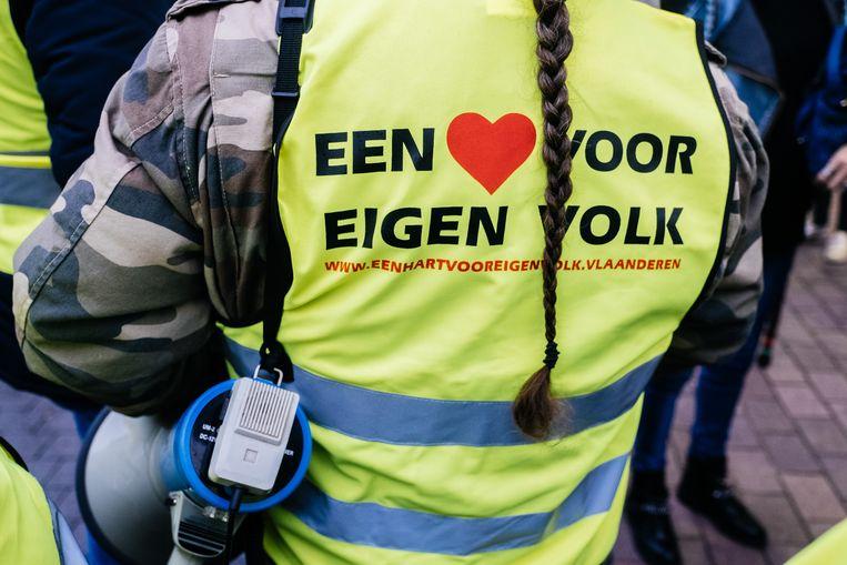 Een hesje tijdens de actie van Leg Vlaanderen plat op maandag.  Beeld Wouter Van Vooren