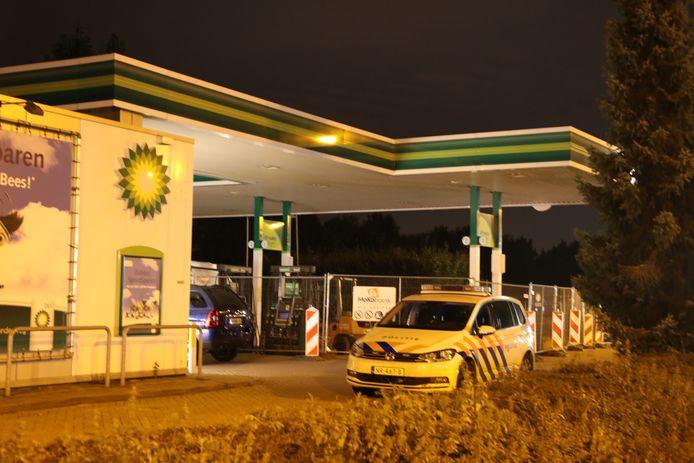 Het is de tweede keer in een maand tijd dat het tankstation is overvallen.