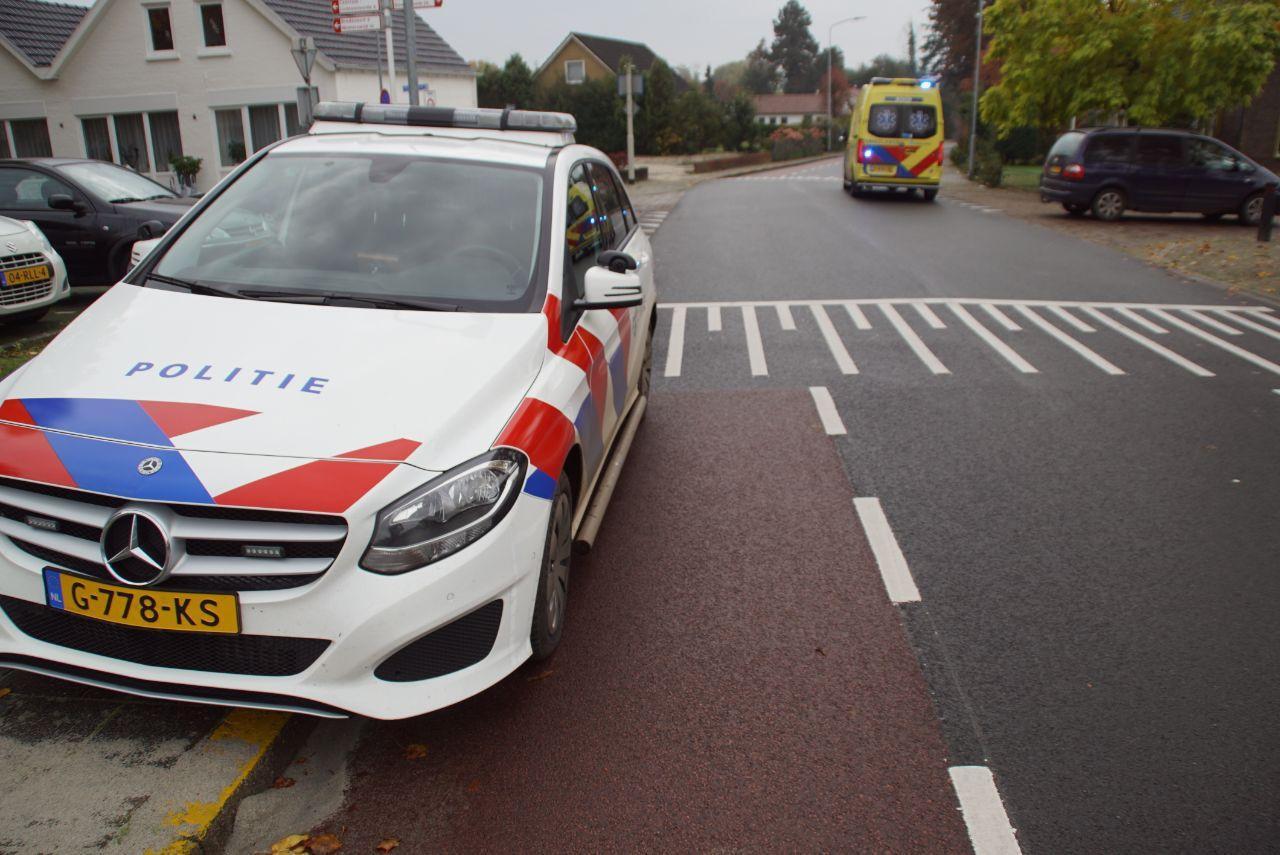 Hulpdiensten op de plek van het ongeluk in Aalten.