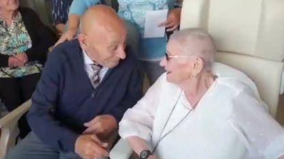Johanna (94) en Louis (78) geven elkaar het jawoord in het ziekenhuis