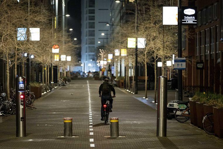 Den Haag, even voordat om tien uur de avondklok ingaat. Beeld ANP
