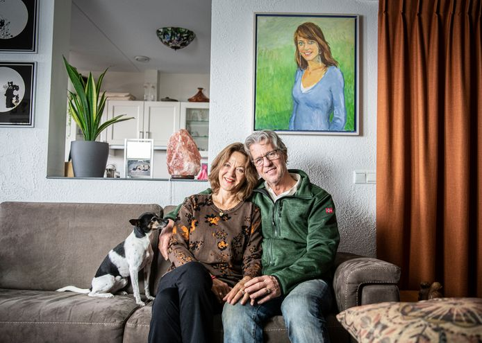 Wanda en Jacques Beemsterboer in hun huis in Doesburg.