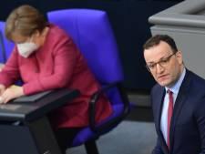 """La troisième vague de contaminations """"semble brisée"""" en Allemagne"""