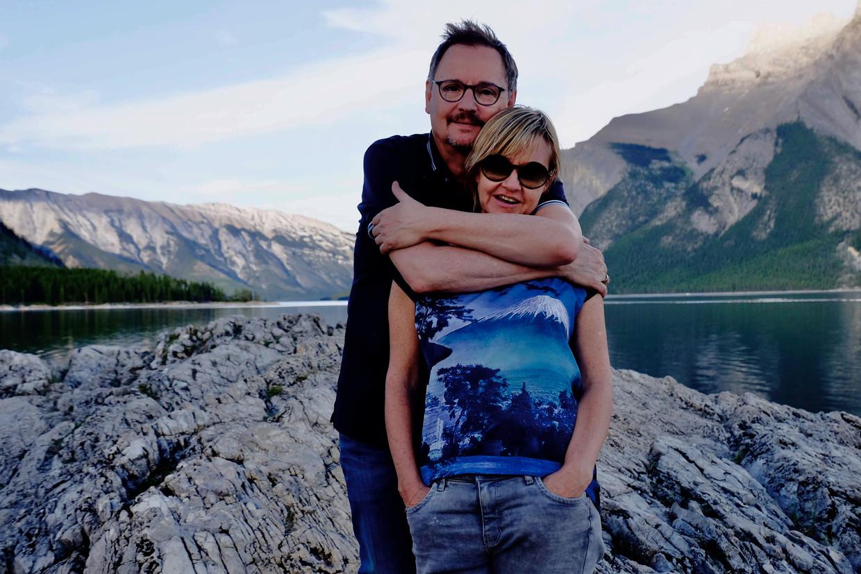 Gigantisch veel Gardameren na elkaar: Canada is het meest fotogenieke land ter wereld. Zie ook hoe het T-shirt van mevrouw naadloos in de omgeving opgaat.  Beeld Mark Coenen