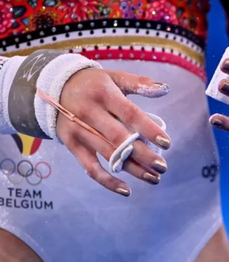 """Les ongles dorés de Nina Derwael ne sont pas passés inaperçus: """"Un peu de superstition"""""""