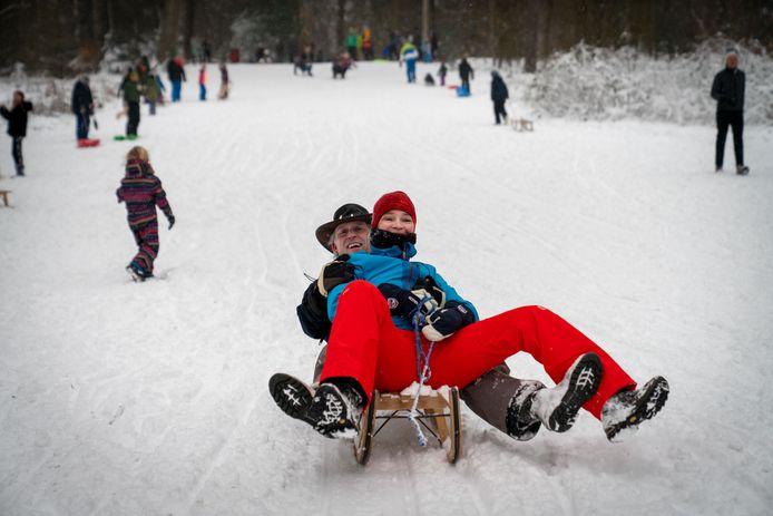 Sneeuwpret bij Rhederoord.