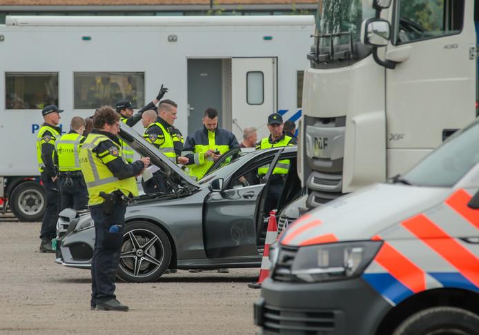 De politie hield dinsdag een grote ondermijningscontrole in samenwerking met verschillende overheidsinstanties
