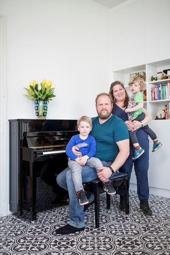 """Nina Vincx: """"Als leerkracht Nederlands in het volwassenenonderwijs heb ik meer werk dan ooit, alleen op afstand"""""""