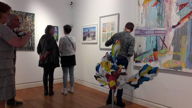 Jan Cunen duikt met nieuwe tentoonstellingen in het verleden van Oss én gaat de straat op