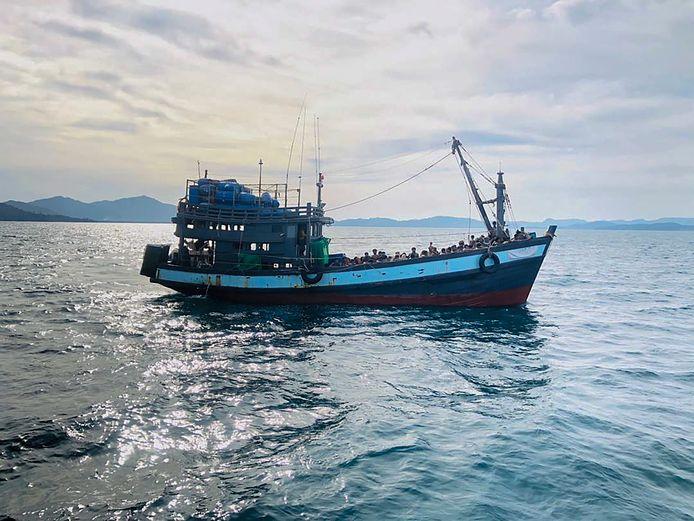 Illustratiefoto: boot met Rohingya-vluchtelingen in Maleisische territoriale wateren eerder deze maand.