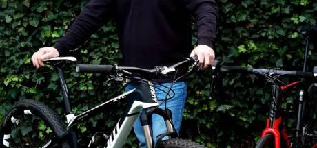 Eigen pand voor SportBikeService in Hellendoorn: 'M'n vrouw had schoon genoeg van al die sportfietsen in de huiskamer'