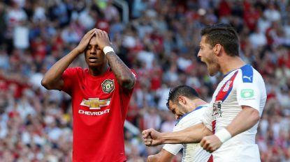 Een nieuw seizoen in de schaduw van City wenkt: United onderuit tegen Crystal Palace met invaller Benteke