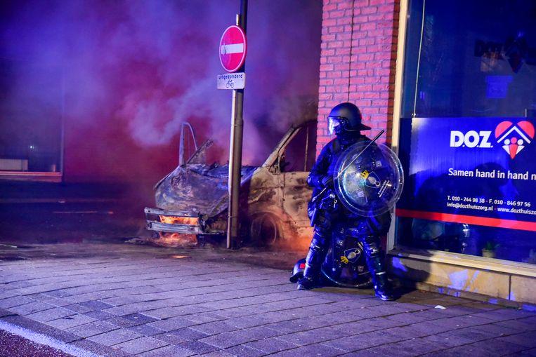 Gisteravond was het ook in Rotterdam weer onrustig. Beeld AS Media