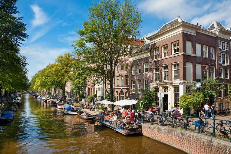 Terrassen aan het water - Amsterdam Beeld Getty Images