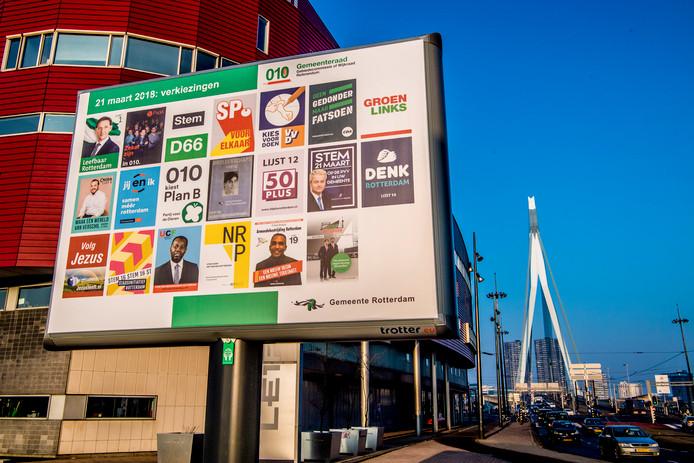 Campagneposters in het centrum van Rotterdam