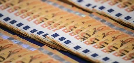 Amersfoorter met 71.000 euro cash in auto aangehouden in Zeist