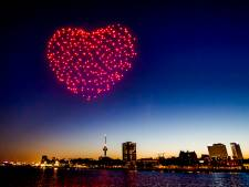 3-2-1...samen tellen we af! Luid het nieuwe jaar in met spectaculaire droneshow op AD.nl