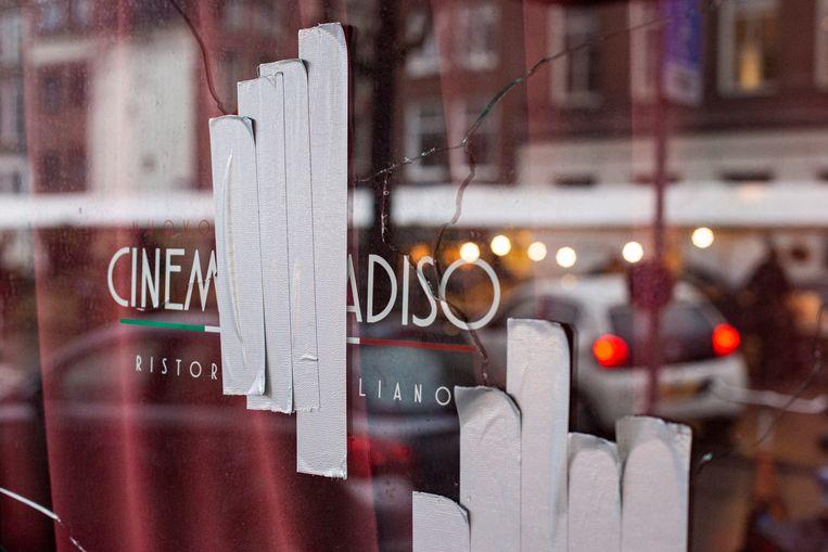 Cinema Paradiso aan de Westerstraat na de beschieting.   Beeld Maarten Brante